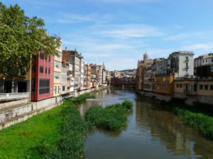 Girona - średniowieczne miasteczko Katalonii, Hiszpania