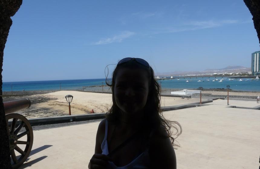 Marta naLanzarote, wstolicy wyspy Arrecife