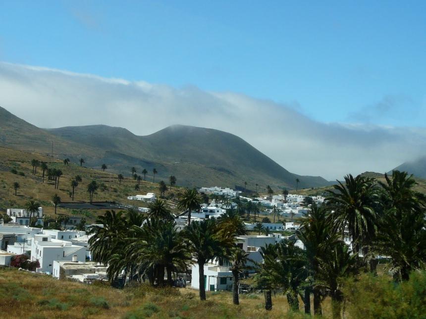 Lanzarote - jedna zWysp Kanaryjskich zachwyca widokami