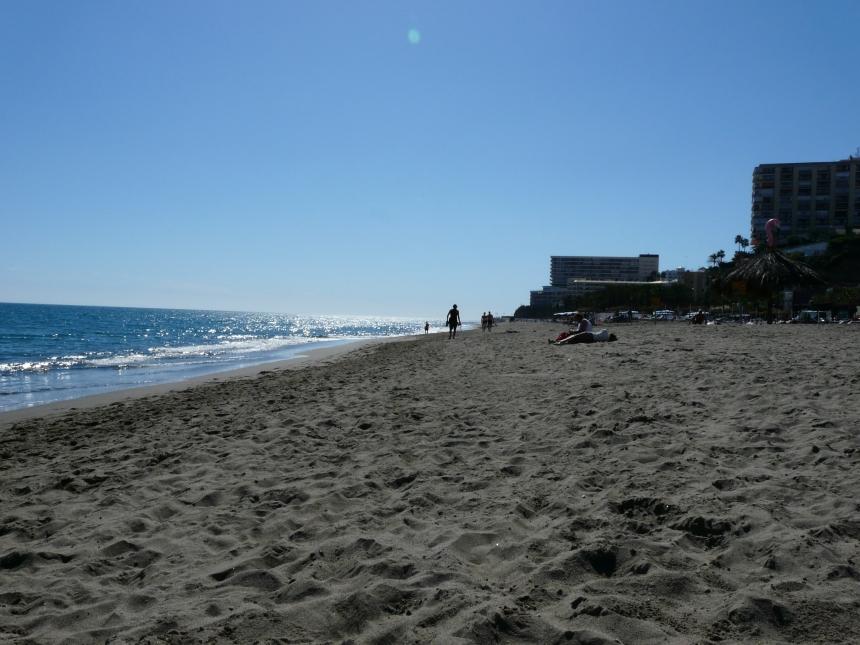 Pusta plaża wTorremolinos
