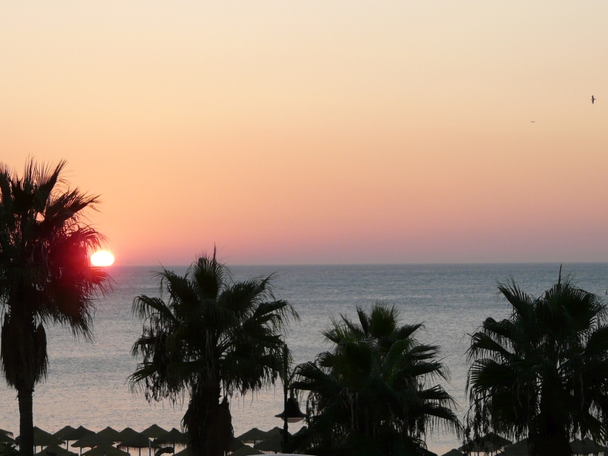 Wschód słońca wTorremolinos - Costa del Sol