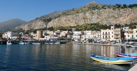 Mondello, czyli plażowanie na Sycylii