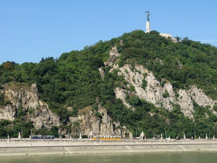 Góra Gellerta (Gellért-hegy) iStatua Wolności, Budapeszt, Węgry