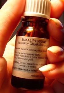 """""""Olejek eukaliptusowy - przeciwko komarom?"""