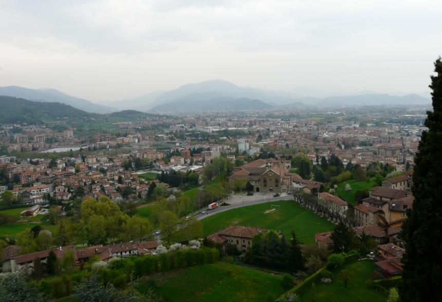 Bergamo – poradnik o średniowiecznej perełce Włoch