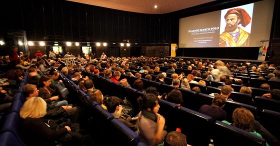 Slajdy podróżnicze In Mundo w warszawskim kinie Lunie