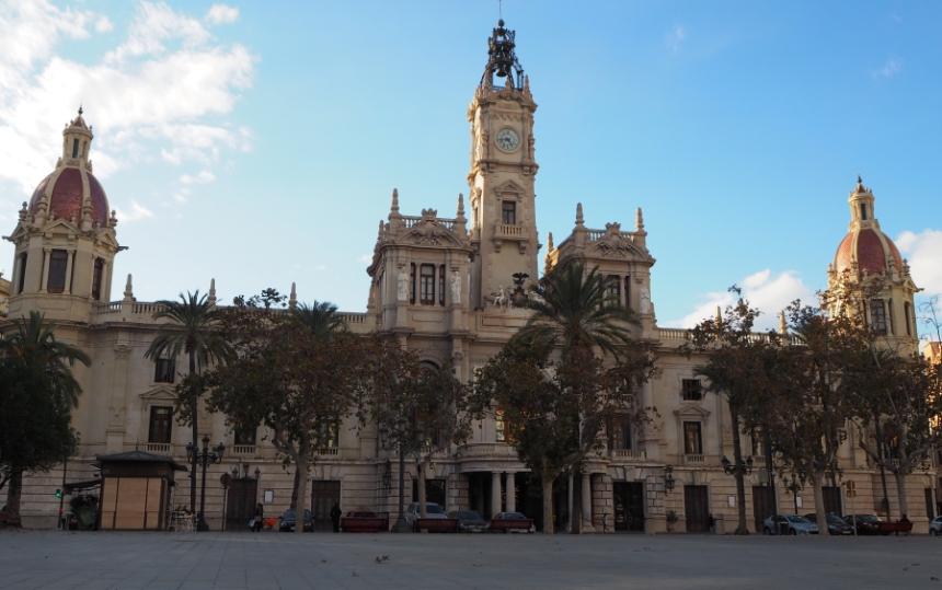 Ratusz wWalencji naPlaza del Ayuntamiento