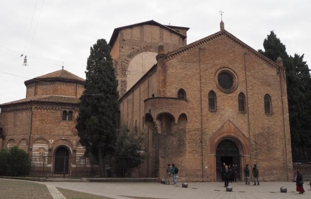 Bazylika Santo Stefano, Bolonia