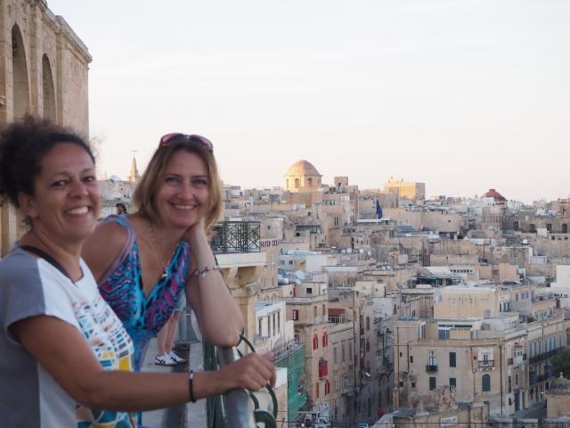 Valletta - Anita iAlex, kursantki szkoły Maltalingua