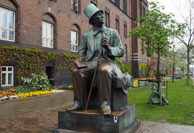 Pomnik Hansa Christiana Andersa