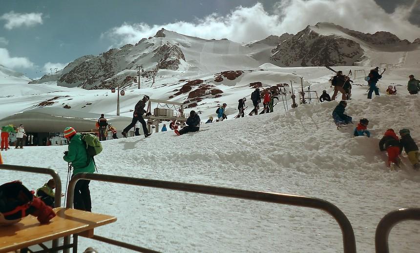 Narty na Słowacji - czy narciarz powinien dodatkowo się ubezpieczyć?