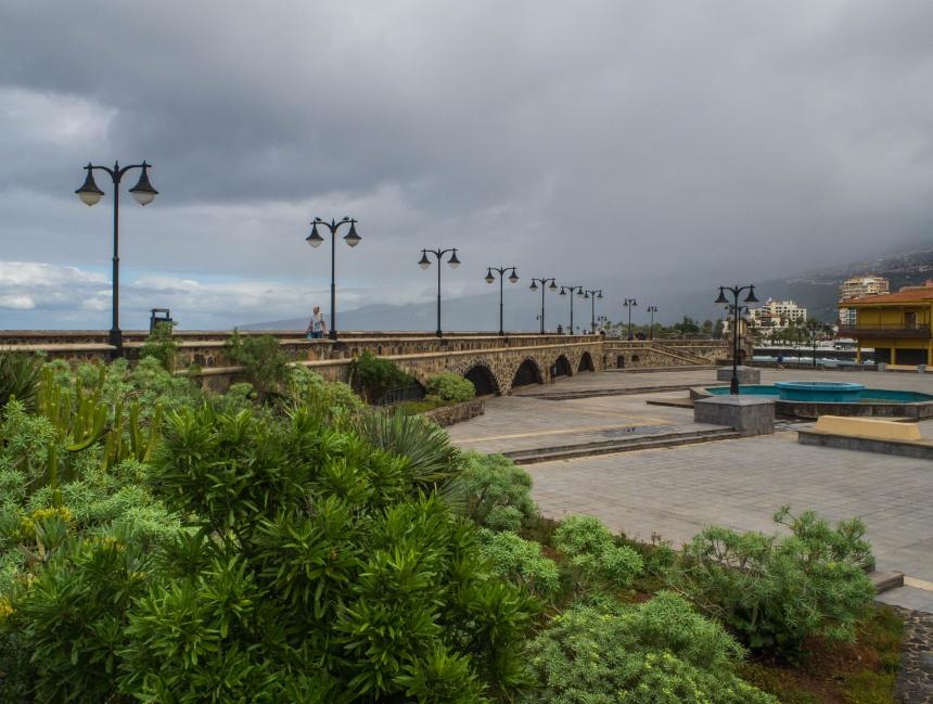 Główny plac przyporcie wPuerto de la Cruz