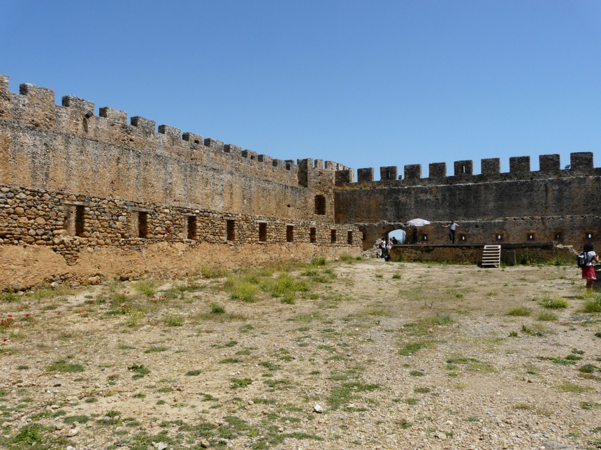 Zamek Frangokastello wnętrze, Kreta