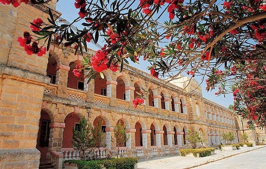 Fot: budynek szkoły Sprachcaffe naMalcie