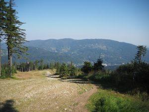 W drodze nanajwyższy szczyt Beskidu Śląskiego - Skrzyczne
