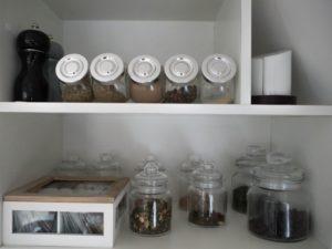 Kuchnia podróżnika - pojemniczki zprzyprawami