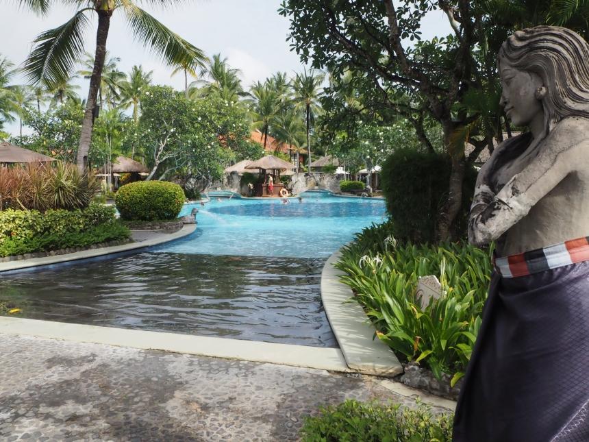 Hotel Melia Bali - basen