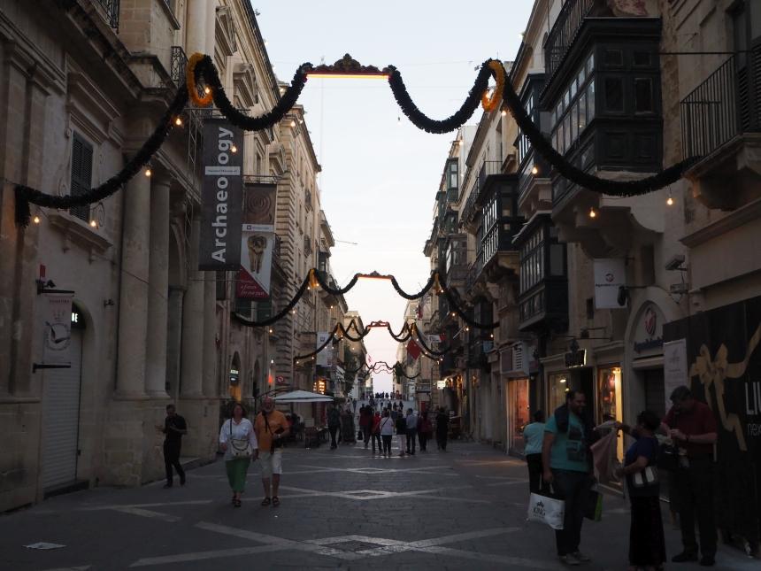 Główna ulica wValletcie, Malta
