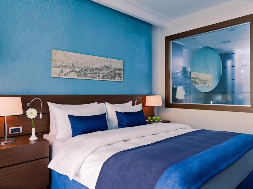 Pokój standard Radisson Blu Kijów
