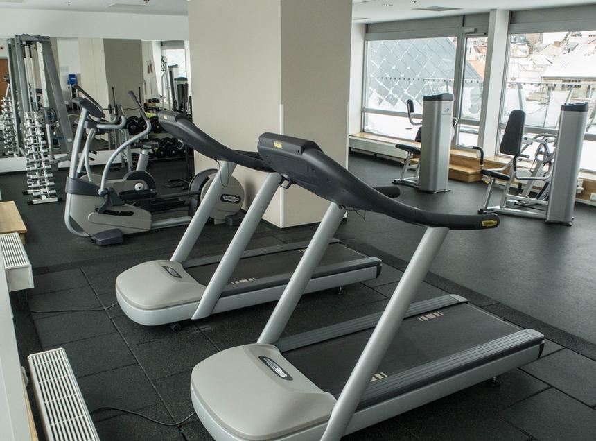 Centrum fitness zsiłownią whotelu Courtyard by Marriott, Pilzno