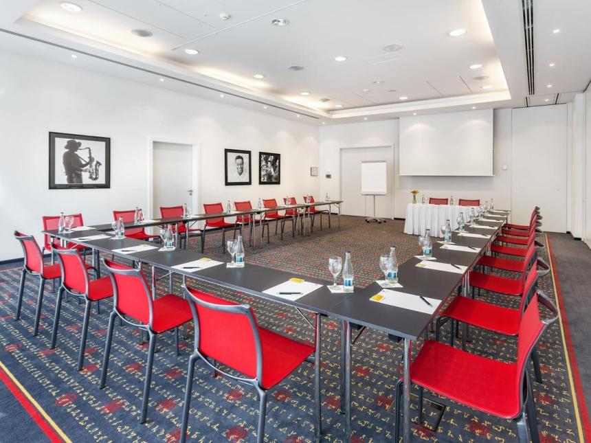 Sala konferencyjna whotelu Vienna House Easy Pilsen