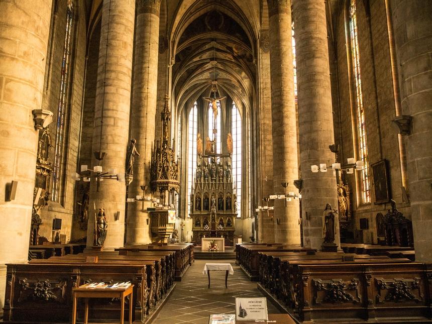 Wnętrze katedry św. Bartłomieja, Pilzno
