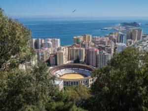 Widok naarene walki zbykami zzamku Gibralfaro, Malaga