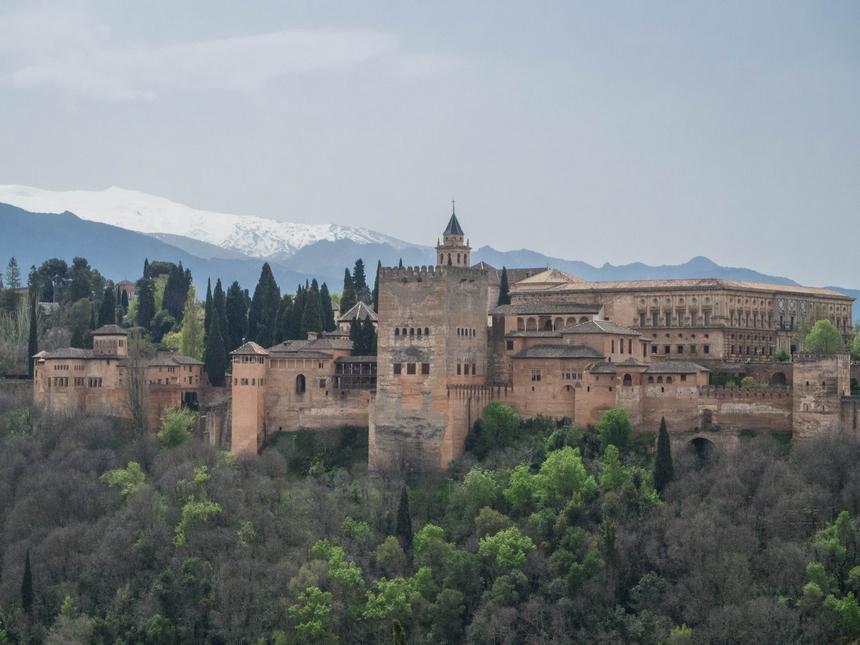 Granada – andaluzyjskie cudo u podnóża Sierra Nevada