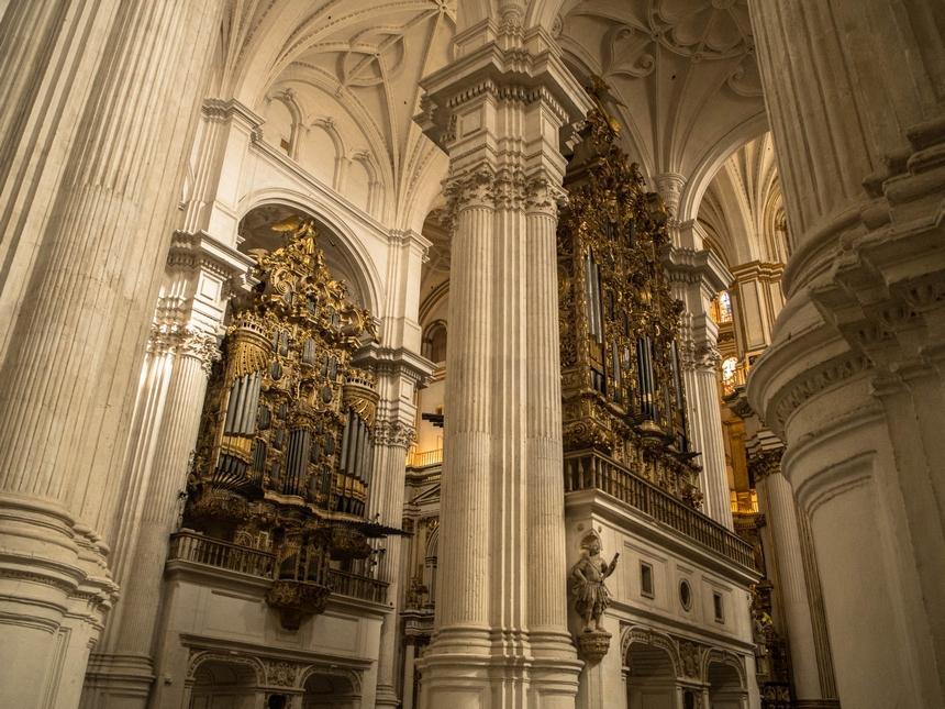 Organy wkatedrze wGranadzie, Hiszpania