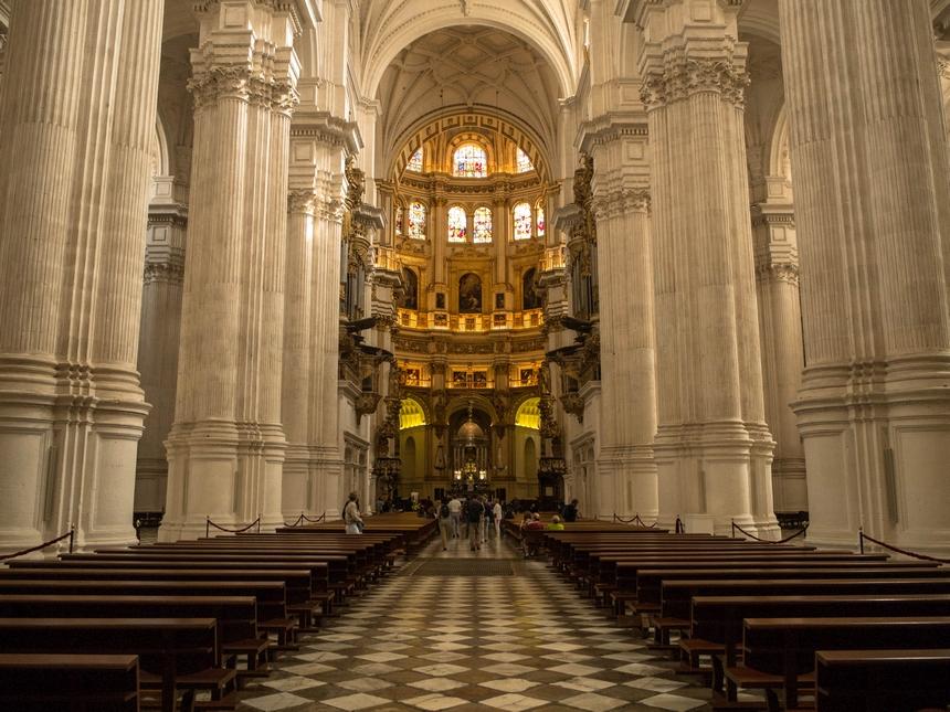 Wnętrze katedry wGranadzie