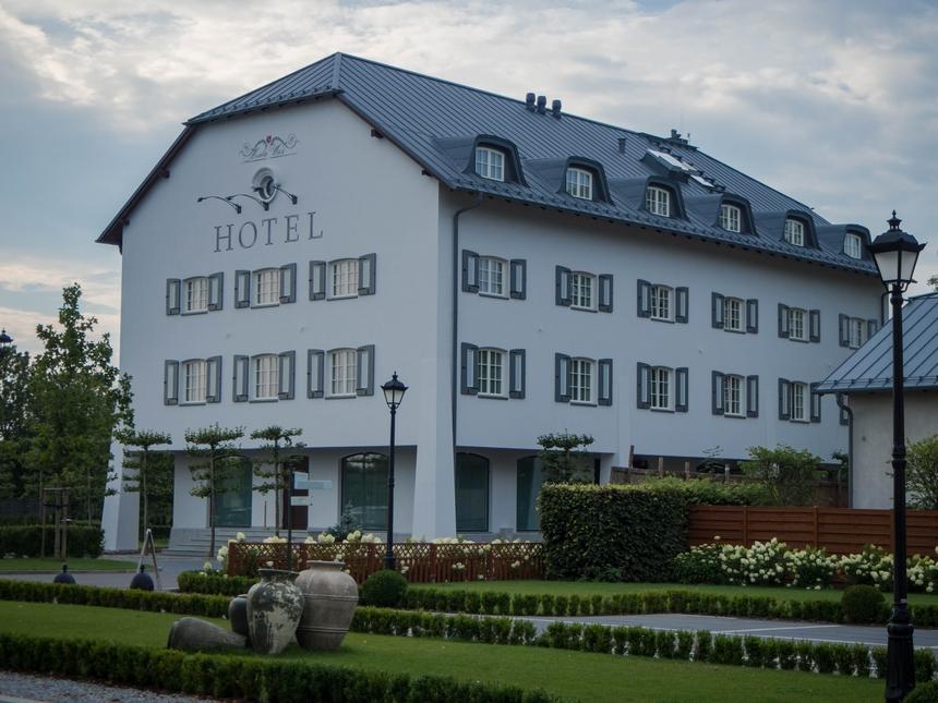 Spichlerz, hotel Pałac Mała Wieś
