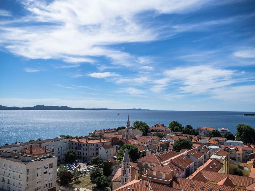 Widok naZadar zdzwonnicy katedry św. Anastazji, Zadar, Chorwacja