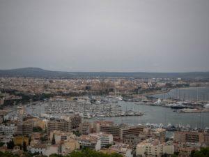 Widok naPalmę zCastell de Bellver, Majorka