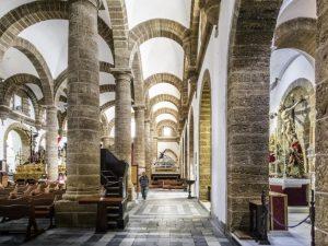Wnętrze kościoła Iglesia de Santa Cruz, Kadyks