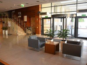 Hol whotelu Mercure Warszawa Airport
