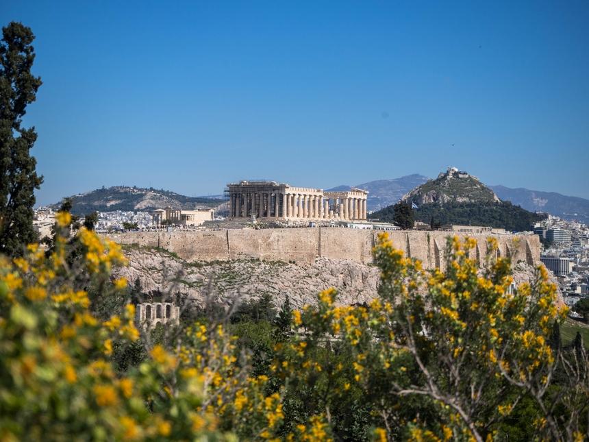 Akropol - widok ze wzgórza Filopapposa, Ateny