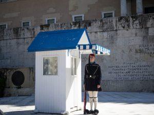 Żołnierzy pilnujący Grobu Nieznanego Żołnierza, Ateny