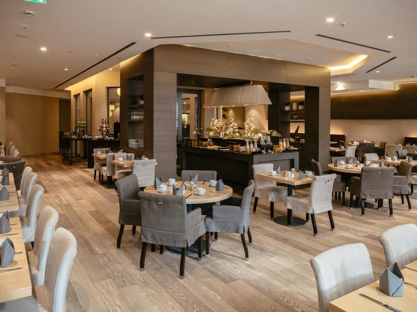 Restauracja śniadaniowa whotelu Vienna House QF Dresden