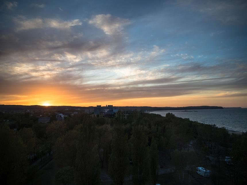 Zachód słońca zhotelu Novotel Gdańsk Marina