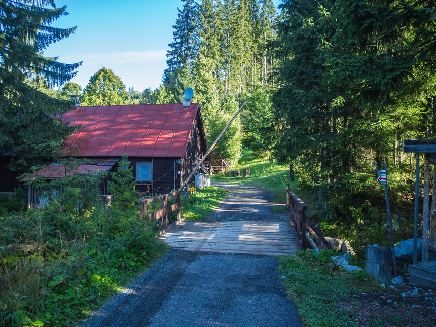 Leśniczówka wdrodze naKrywań, Tatry Wysokie
