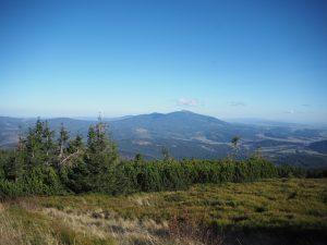 Babia Góra widoczna zkilku miejsc wBeskidzie Żywieckim