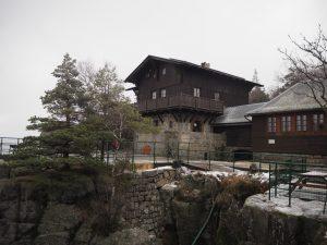 Schronisko naSzczelińcu Wielkim, Góry Stołowe