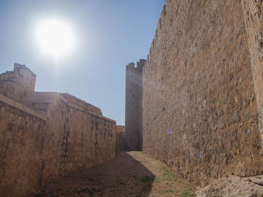 Wnętrze zamku Atalaya, Villena