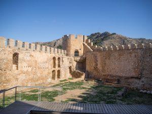 Zwiedzanie zamku Atalaya, Villena