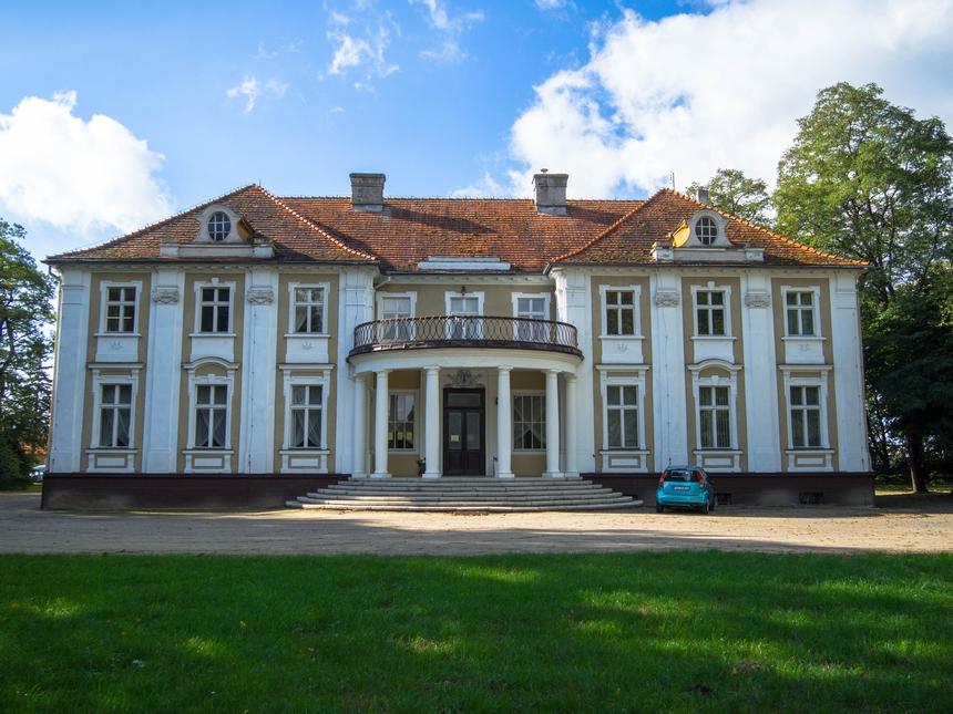 Pałac wGałowie