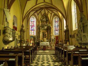 Wnętrze kościoła wPsarskiem