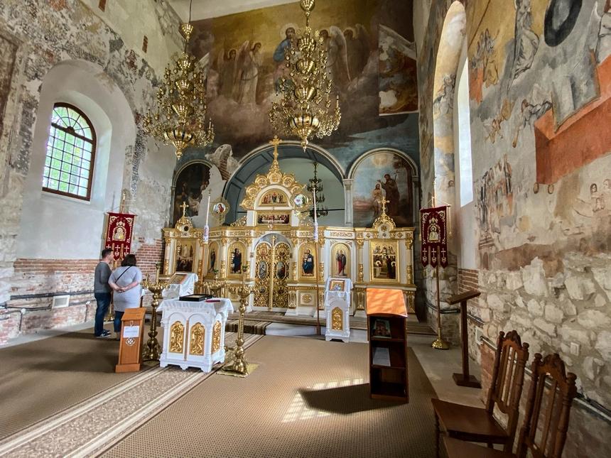 Wnętrze cerkiew pw. Zaśnięcia Bogurodzicy wSzczebrzeszynie