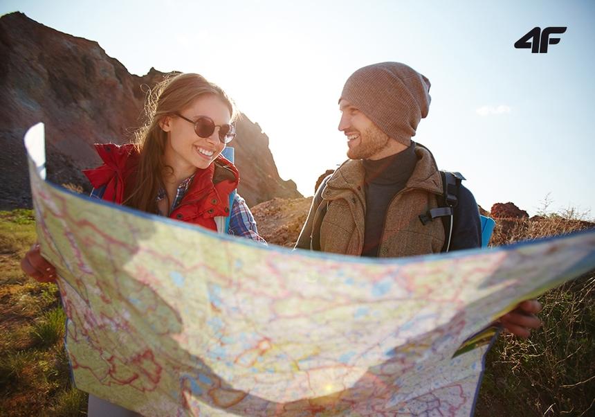 Jak zadbać o stopy podczas górskich wędrówek?   Podróżniczo